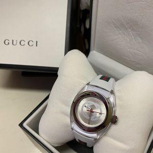 Brand new unisex Gucci watch 👌🏼